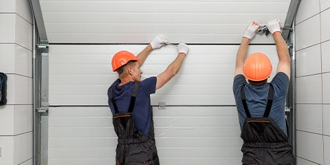 What The Right Garage Door Serviceman Should Look Like